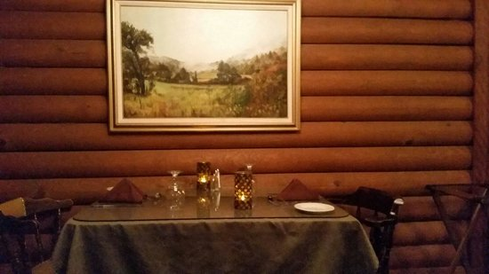 Casa Rustica: Table for two