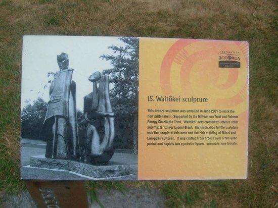Government Gardens: Waitukei sculpture