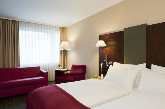 NH Budapest City: Standard room