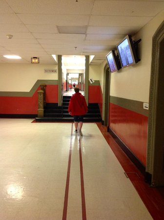 City Hall: Follow the red line to the lift