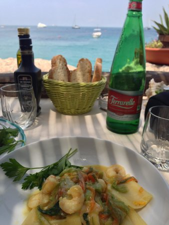 Lo Smeraldo : meal with a view