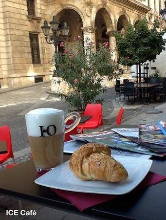 I.C.E. Cafe
