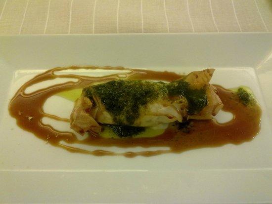 Solana Restaurante: queso asado con costra de mojo de hierbabuena y miel de palma