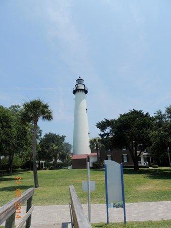 Saint Simons Inn by the Lighthouse: Beautiful Lighthouse!