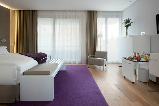 NH Collection Madrid Eurobuilding: Premium Room