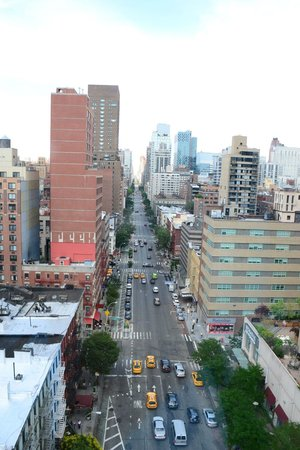 Roosevelt Island Aerial Tram: Over one of the streets as you descend
