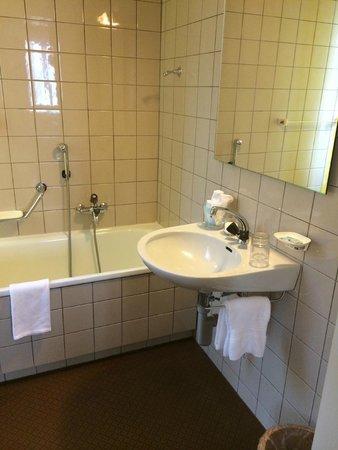 Hotel Terrasse Am See: Bathrom