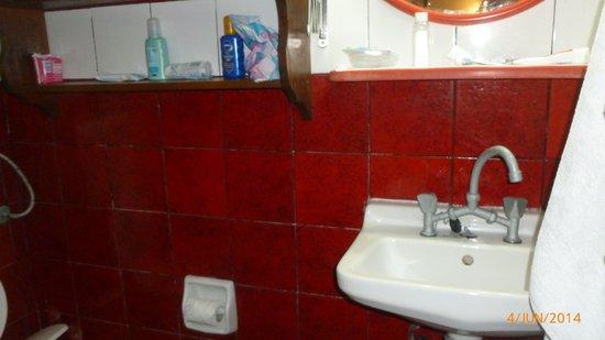 Oasis : Bathroom 2