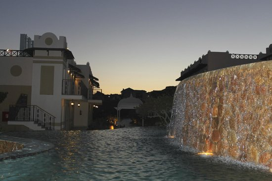 Concorde El Salam Hotel : территория отеля