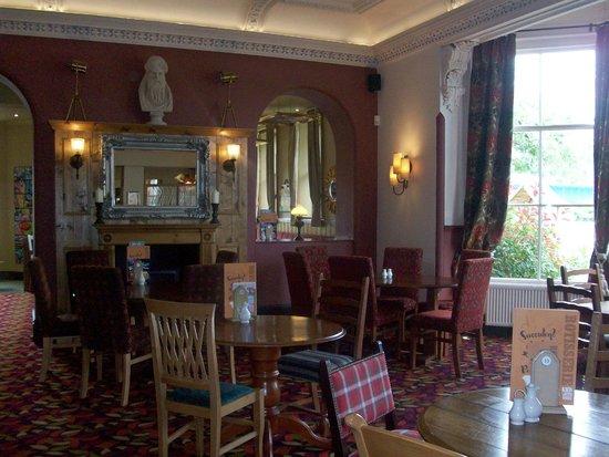 Talardy Hotel: Dining Area
