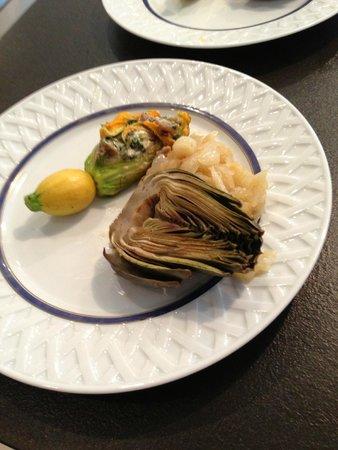 Plum Lyon Teaching Kitchen : Zuccini Blossoms, artichoke, shrimp with aoli