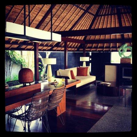 Kayumanis Jimbaran Private Estate & Spa: living area