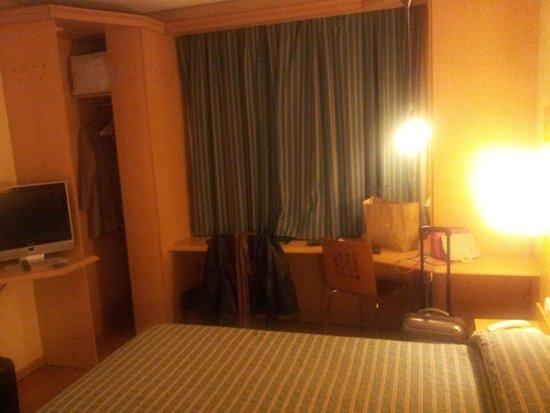 NH Barajas: habitación 2
