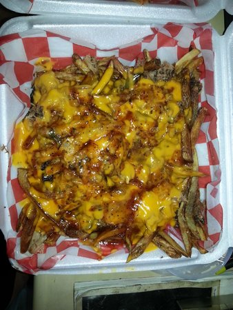 The BBQ LLC: Loaded fries! Pulled pork and cheese. YUMMY!