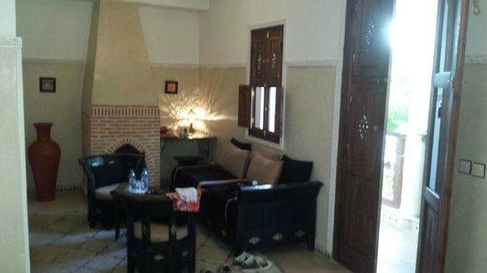 Le jardin d'Abdou : Eigen zithoek in de kamer