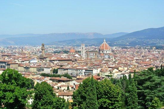 Basilica San Miniato al Monte : Firenze vista da San Miniato al Monte