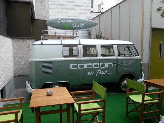 Cocoon Stachus: Spazio esterno
