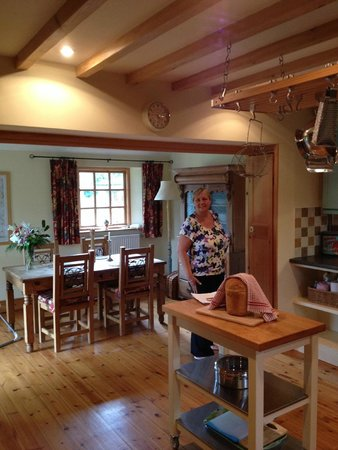 Cheviot Holiday Cottages: The kitchen of Honeysuckle Cottage