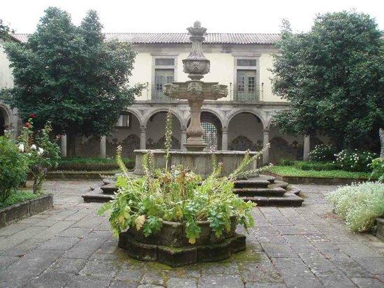 Hospedaria Convento de Tibaes: Patio interior