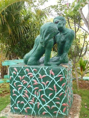 Xtabi Resort: X-Tabi statue