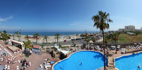 Pool piscina picture of marconfort beach club hotel for Piscina torremolinos