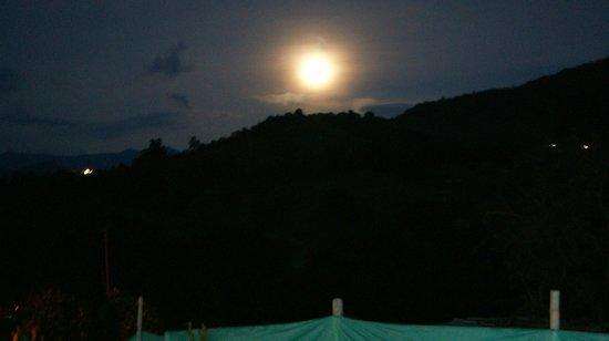 Hostal Casa del Loro : hot sunset and summer night