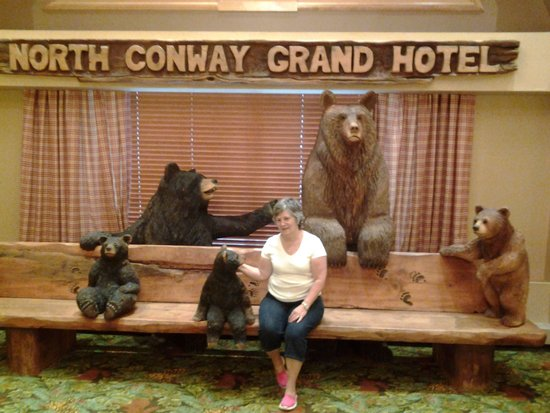 North Conway Grand Hotel: Front Lobby Decor