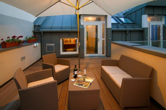 Arthotel ANA Prime: Terrace