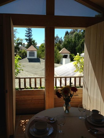 The Cottage Inn & Spa: View from breakfast table
