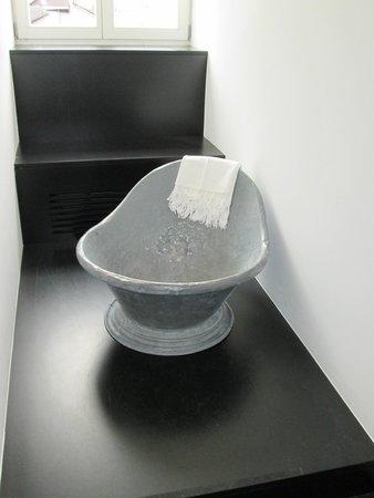 Frauenmuseum: Vasca per il bagno