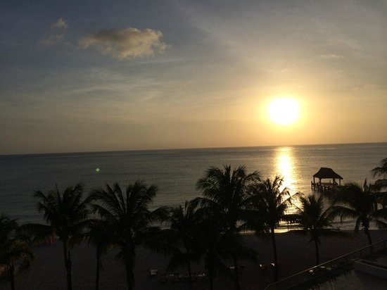 Secrets Aura Cozumel: beautiful sunsets