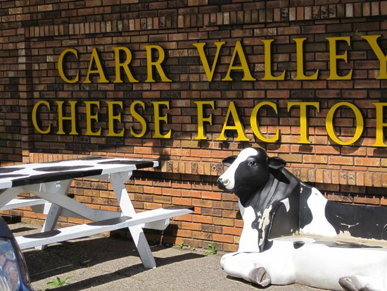 La Valle, WI: Entrance to cheese factory