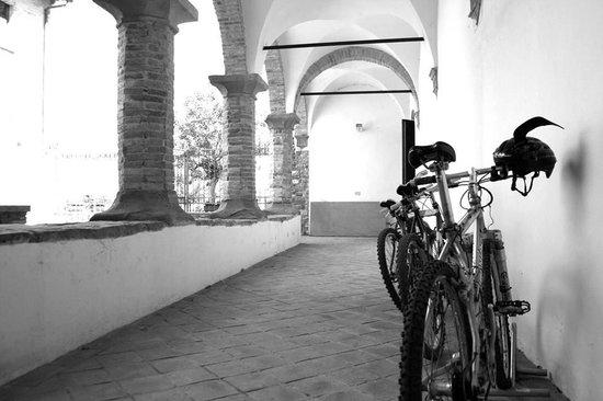 Residenza d'Epoca San Girolamo : Chiostro