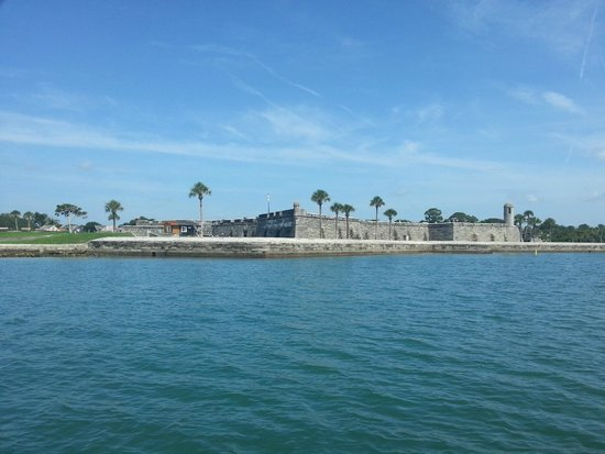 Jax Water Tours : The fort