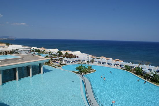 Atrium Prestige Thalasso Spa Resort and Villas: Vue de l'ascenseur