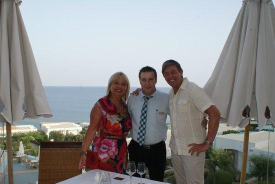 Atrium Prestige Thalasso Spa Resort and Villas: En compagnie de Nikos, le maître d'hôtel