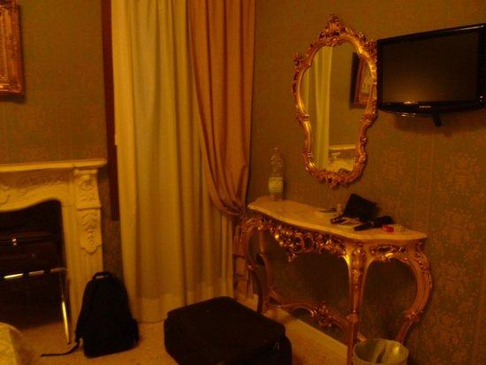 Dimora Marciana : chambre