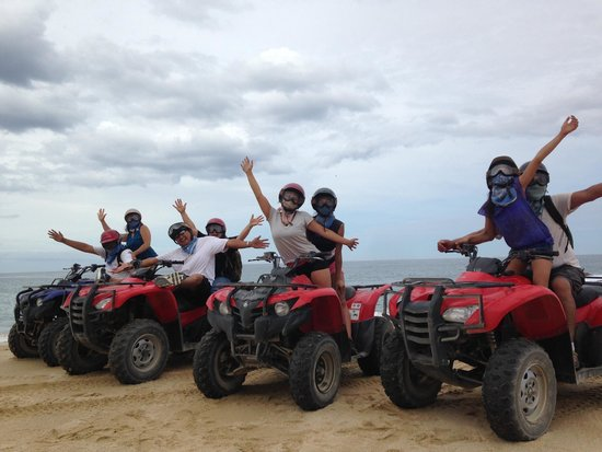 Cabo San Lucas Tours: Along the beach during the ATV Tour