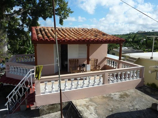 Casa Oscar: Nice room on the roof, nice view