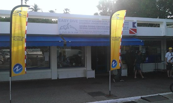Easy Dive : The Dive Shop and the training center