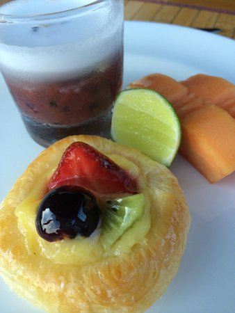 The Royal Pita Maha: food
