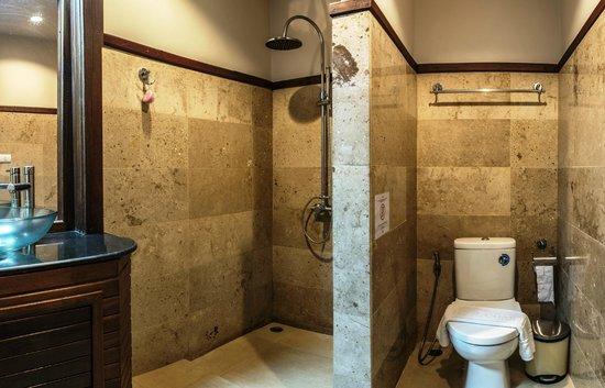 Sunset Hill Resort : Bathroom
