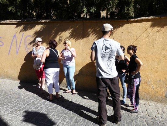 Play Granada : Our guide Malik