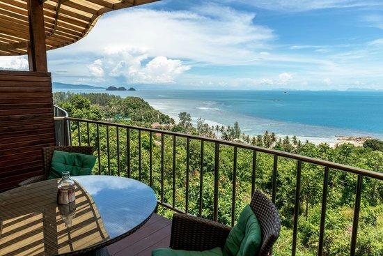 Sunset Hill Resort: Balcony