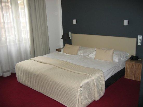 Hotel Noir: Detalle de la cama