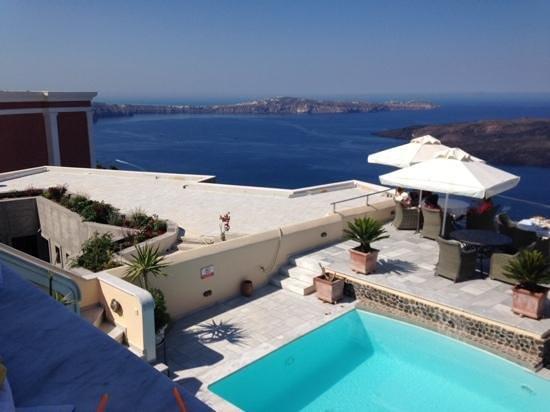 Anteliz Suites: view from junior suite