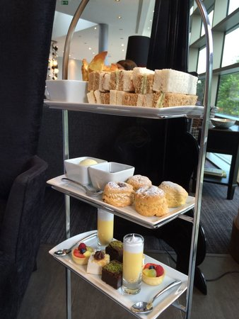 Hotel La Tour: Afternoon tea to die for !  :  )