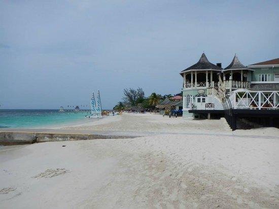 Sandals Montego Bay: Beach