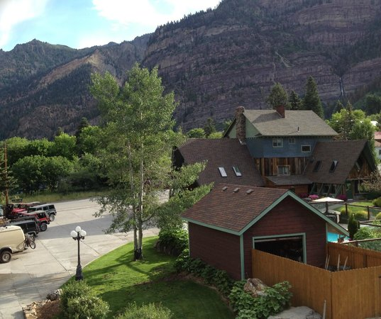 Twin Peaks Lodge & Hot Springs : Twin Peaks Ouray from room