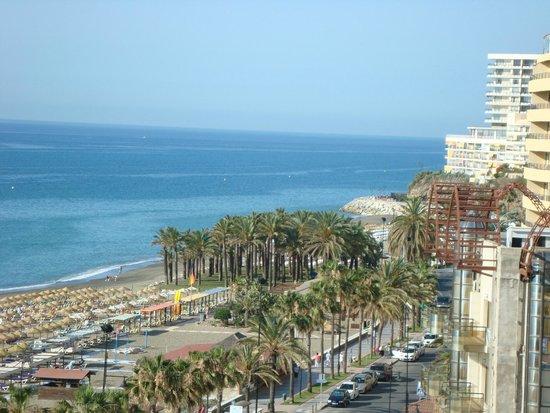 Bajondillo Apartments : Вид из окна